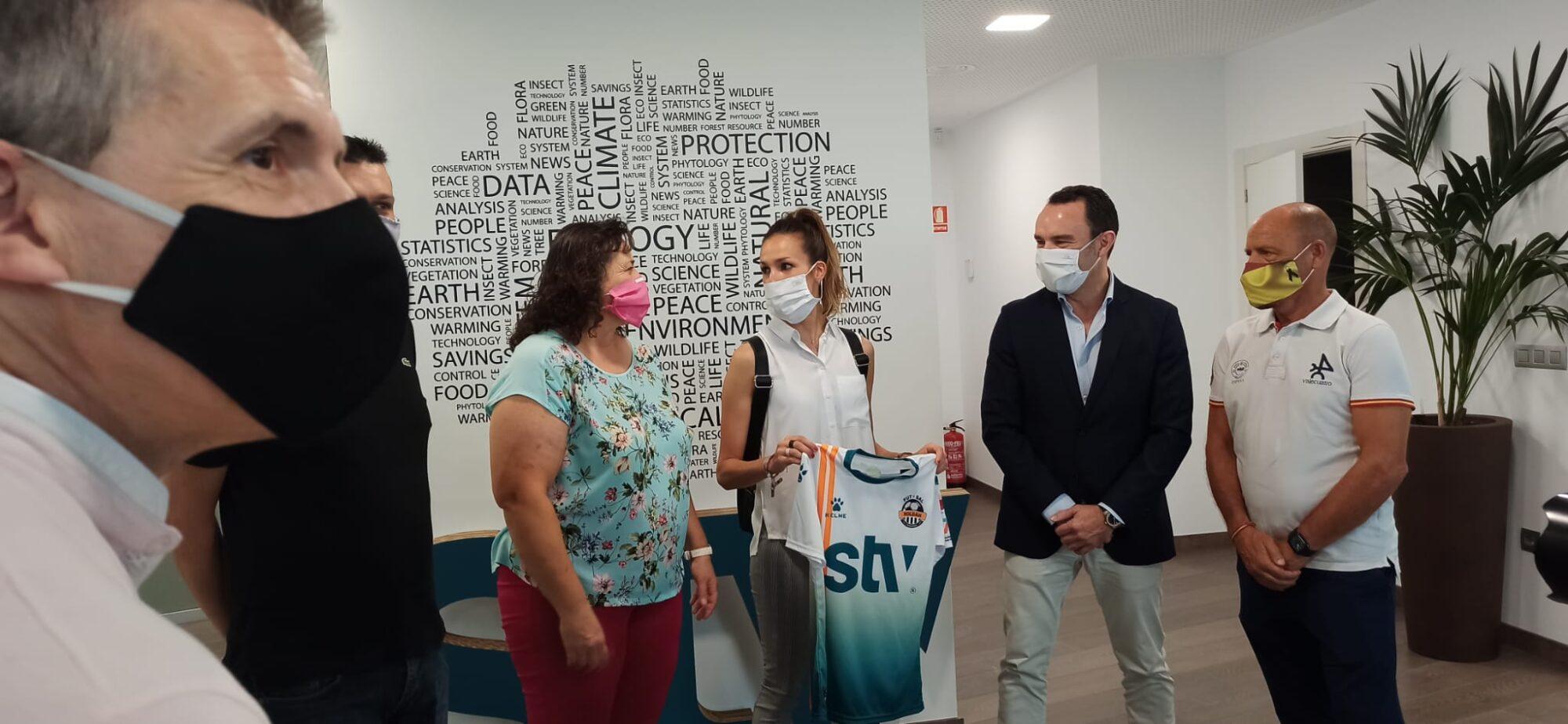 STV Roldán firma Consuelo